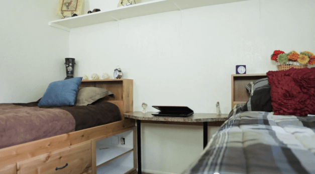 Comfortable Beds And Lots Of Shelf E
